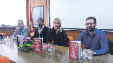 Lidija Vujačić, Ognjen Jovović