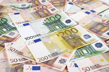 Novac pare euro