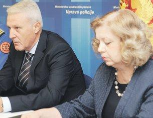 Slavko Stojanović, Ljiljana Klikovac (Novine)