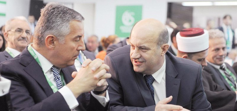 Milo Đukanović, Rafet Husović