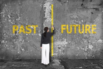 prošlost budućnost