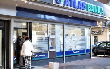 Tvrde da su poreske obaveze izmišljene: Atlas banka