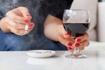 Cigareta, alkohol