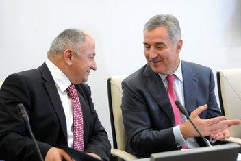 Vujica Lazović, Milo Đukanović