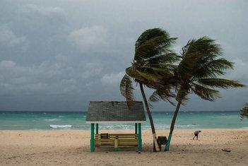 Uragan, Karibi