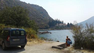 službeno vozilo, službeni auto, Cetinje, Risan