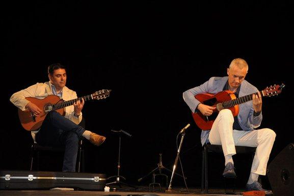 Duo gitara Srđan Bulatović i Darko Nikčević - Vijesti.me