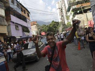 Karakas, protest