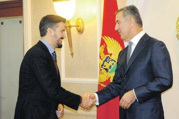Aleksandar Pejović, Milo Đukanović