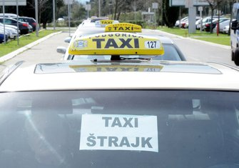 Taksisti, protestna vožnja Podgorica