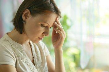 depresija, glavobolja, žena