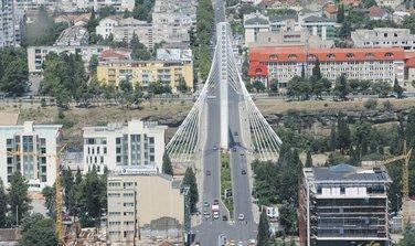 most Milenijum, saobraćaj