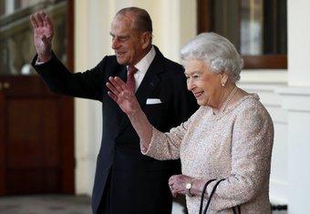 Princ Filip, kraljica Elizabeta