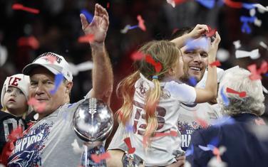 Najuspješniji tandem u istoriji NFL-a: Bil Beličik i Tom Brejdi slave šestu titulu