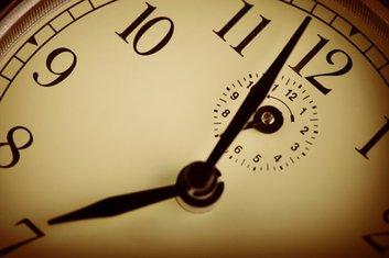 kašnjenje, sat