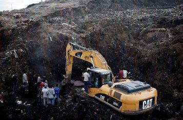 Etiopija, odron, spasioci