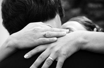 zagrljaj, ljubav, par