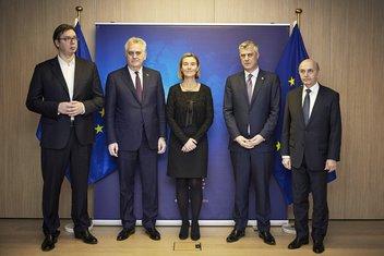 Aleksandar Vučić, Tomislav Nikolić, Federika Mogerini, Hašim Tači, Isa Mustafa