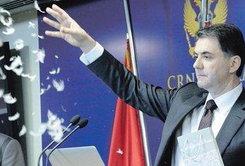 Petar Ivanović (novina)