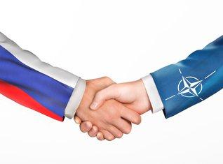 Rusija, NATO