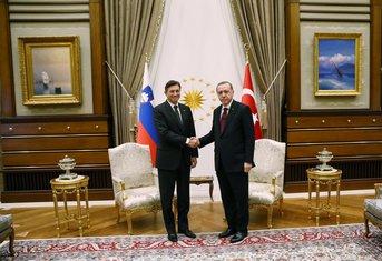 Redžep Tajip Erdogan, Borut Pahor
