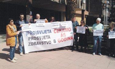 Protest A6, Bar