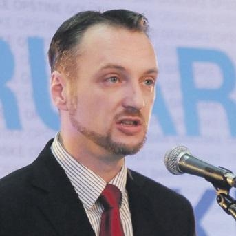 Dušan Radonjić (Novina)