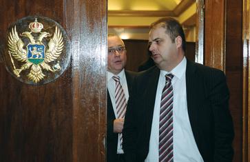 Suljo Mustafić, Genci Nimanbegu