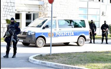 Na aerodromu kompletan sastav Posebne i Antiterorističke specijalne jedinice