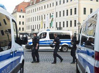 Tašenbergpali hotel, Drezden, protest