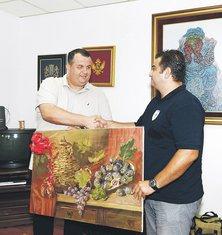 Novaković poklanja sliku Biševiću