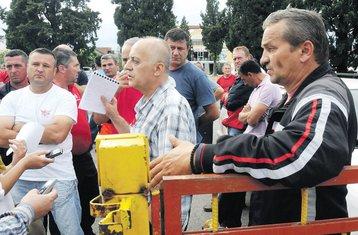 radnici Crnagoraputa
