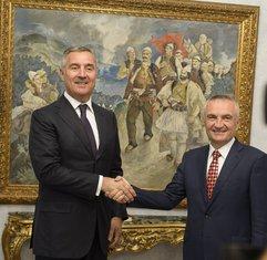 Milo Đukanović, Iljir Meta