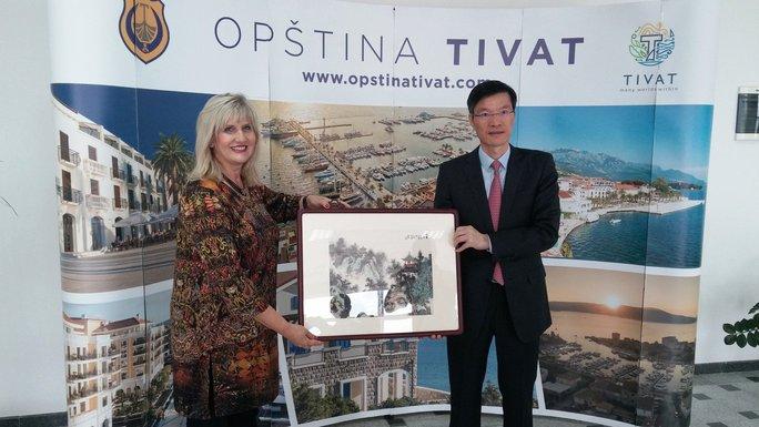 Snežana Matijević i kineska delegacija