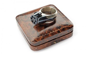 pištolj, prsten