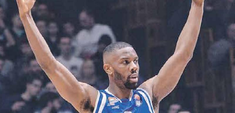 Ispromašivao se u Beogradu: Noris Kol slavi jedan od rijetkih pogodaka iz igre
