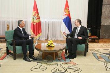 Milo Đukanović, Aleksandar Vučić