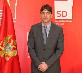 Zdravko Mitrović