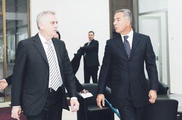 Tomislav Nikolić, Milo Đukanović