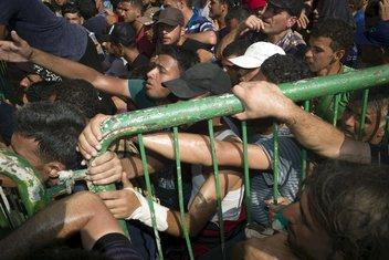 Grčka, Lezbos imigranti
