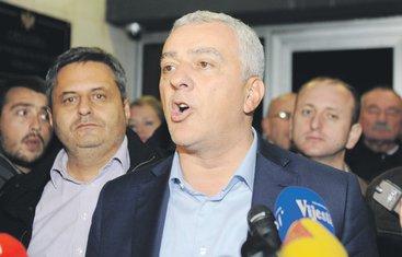 Andrija Mandić, Slaven Radunović