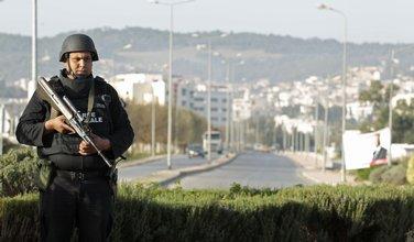 Tunis, policajac
