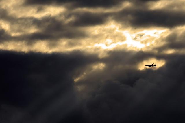 Vrijeme, Oblaci, Avion,