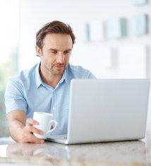 muškarac, kompjuter