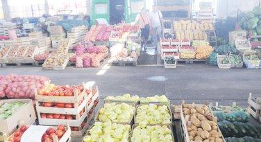 Kamionska pijaca, povrće