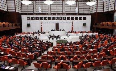 Turski poslanici se spremaju da glasaju u Ankari