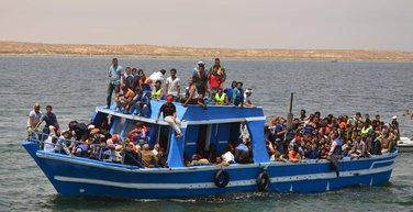 Tunis, migranti