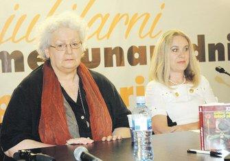 Svetlana Slapšak i Božena Jelušić