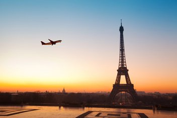 Pariz, avion
