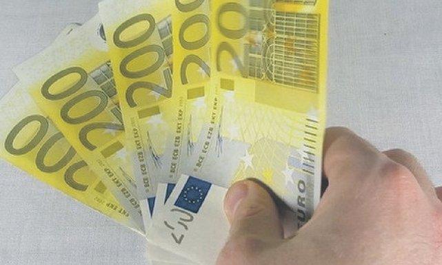 200 eura
